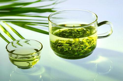 Tại sao nên chọn cách giảm cân bằng trà xanh?