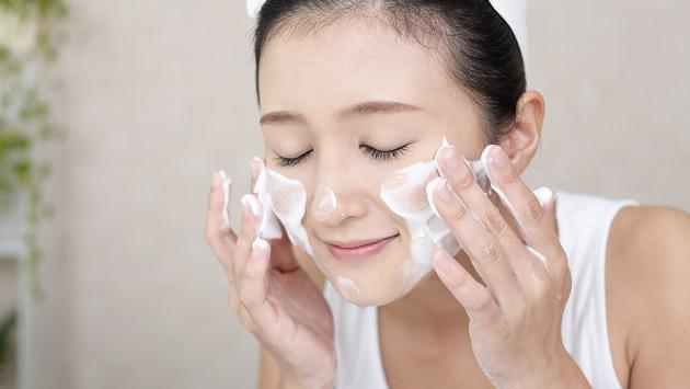 """Cách chăm sóc da mặt tự nhiên - """"Em Đẹp Không Cần Son Phấn"""""""