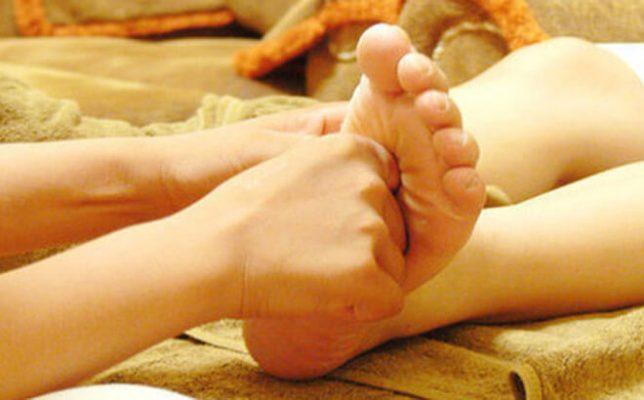 Massage bấm huyệt trị bệnh cảm cúm