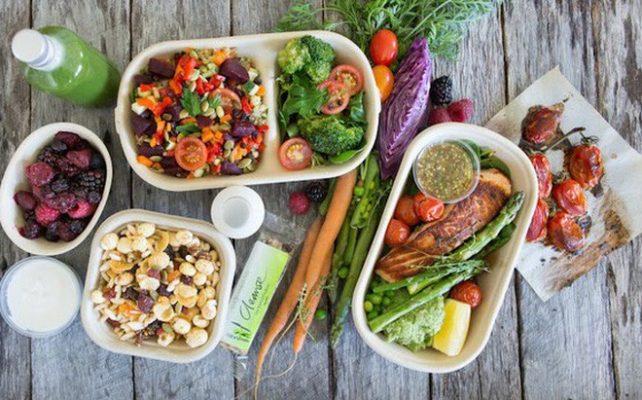 Chị em bị huyết áp thấp nên áp dụng chế độ ăn theo từng bữa nhỏ